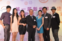 Photo taking of Mr. David Lin (middle), Executive Director and Chief Operating Officer of NWDS, Zhang Chun (the second from right) and Gao Ke (the third from left), spokesperson; Lu Yuan Hao (the first from left) and Zhuang Wen (the second from left), 1st runner-up; Lou Jun (the first from right) and Li Jia (the third from right), 2nd runner-up