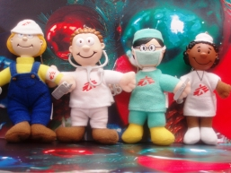 A set of MSF keychain dolls are on charity sale at hotels of New World Group - Grand Hyatt Hong Kong, Renaissance Harbour View Hotel and Renaissance Kowloon Hotel
